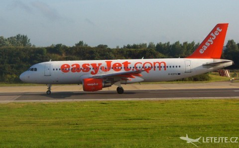 S Easy jet až do 122 destinací, autor: HHA124L